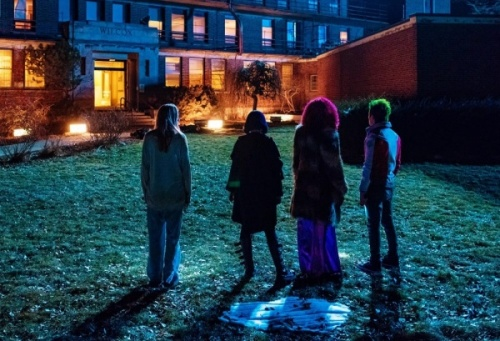 titans asylum review - titans watch the asylum burn