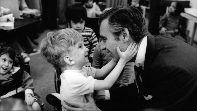 won't you be my neighbor movie review - fred rogers greets a child