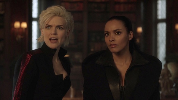 gotham to our deaths and beyond - erin richards and Jessica Lucas