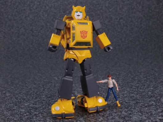 transformers masterpiece bumblebee 2.0 figure -standing with spike