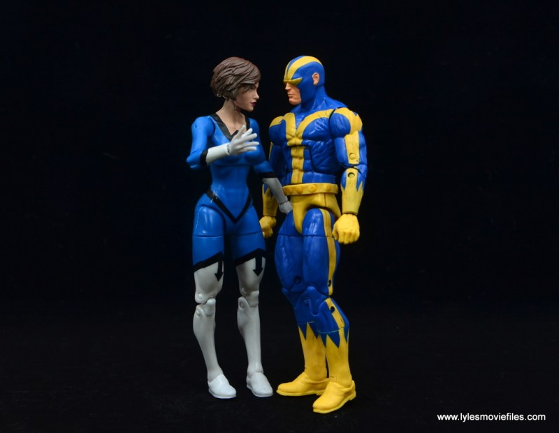 Marvel Legends Vintage The Wasp figure review - with goliath