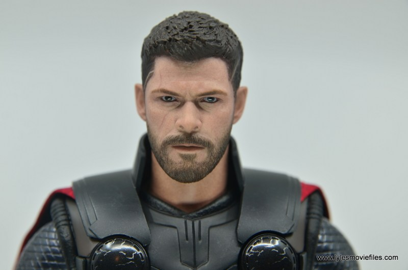 hot toys avengers infinity war thor figure review - head close up