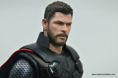 hot toys avengers infinity war thor figure review - head detail right side