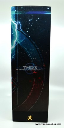 hot toys avengers infinity war thor figure review - package left side