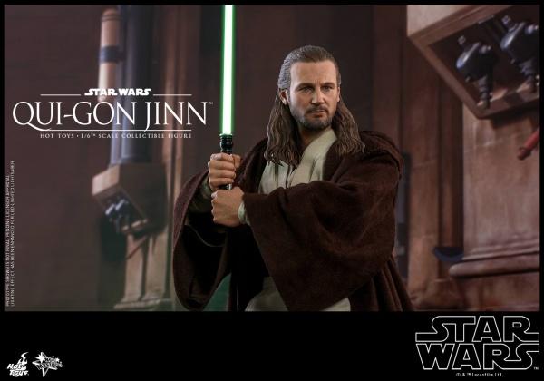 hot toys star wars the phantom menace qui-gon jinn figure - lightsaber wide