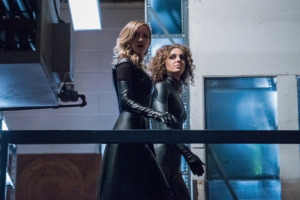 arrow lost canary review - black siren and shadow thief