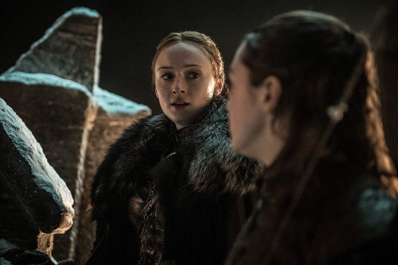 game of thrones the long night review - sansa and arya