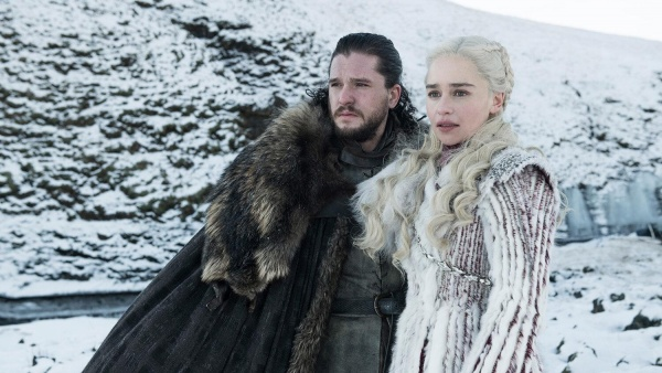 game of thrones winterfell review - jon and daenerys