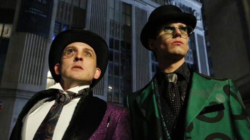 gotham the beginning review - penguin and riddler