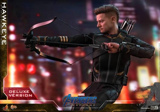 hot toys avengers endgame hawkeye -drawing arrow back