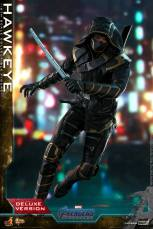 hot toys avengers endgame hawkeye -running with sword