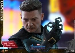 hot toys avengers endgame hawkeye -throwing star
