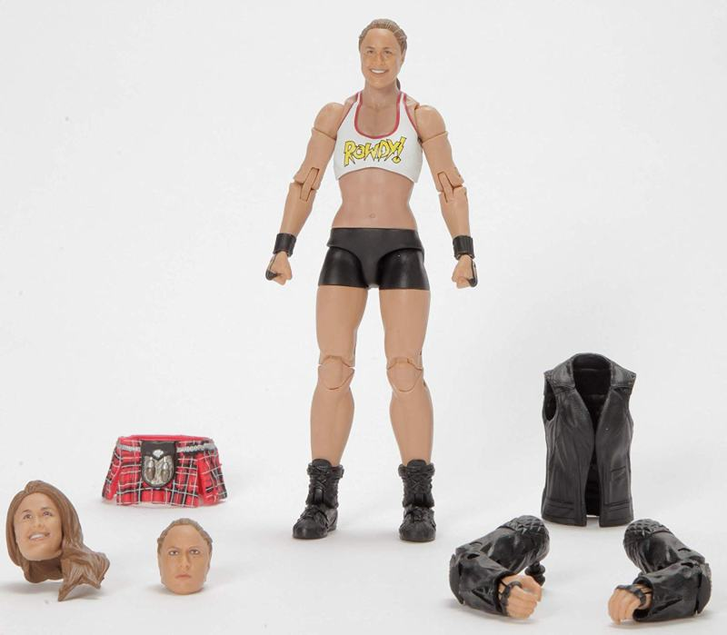 wwe ultimate edition ronda rousey figure - accessories