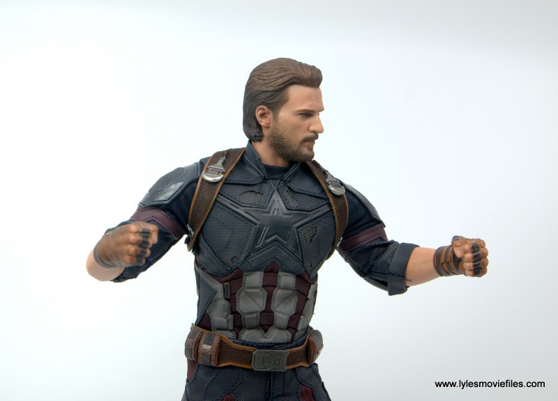 Hot Toys Avengers Infinity War Captain America figure review -battle ready