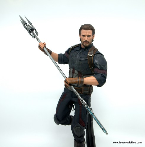 Hot Toys Avengers Infinity War Captain America figure review -charging with proxima midnight's spear