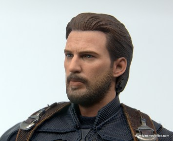 Hot Toys Avengers Infinity War Captain America figure review - face close up