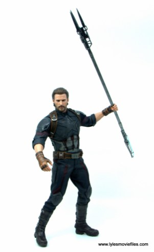 Hot Toys Avengers Infinity War Captain America figure review -holding the staff
