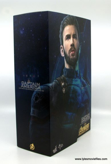 Hot Toys Avengers Infinity War Captain America figure review - package right side