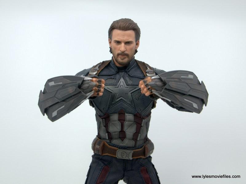 Hot Toys Avengers Infinity War Captain America figure review - wakanda shields close up