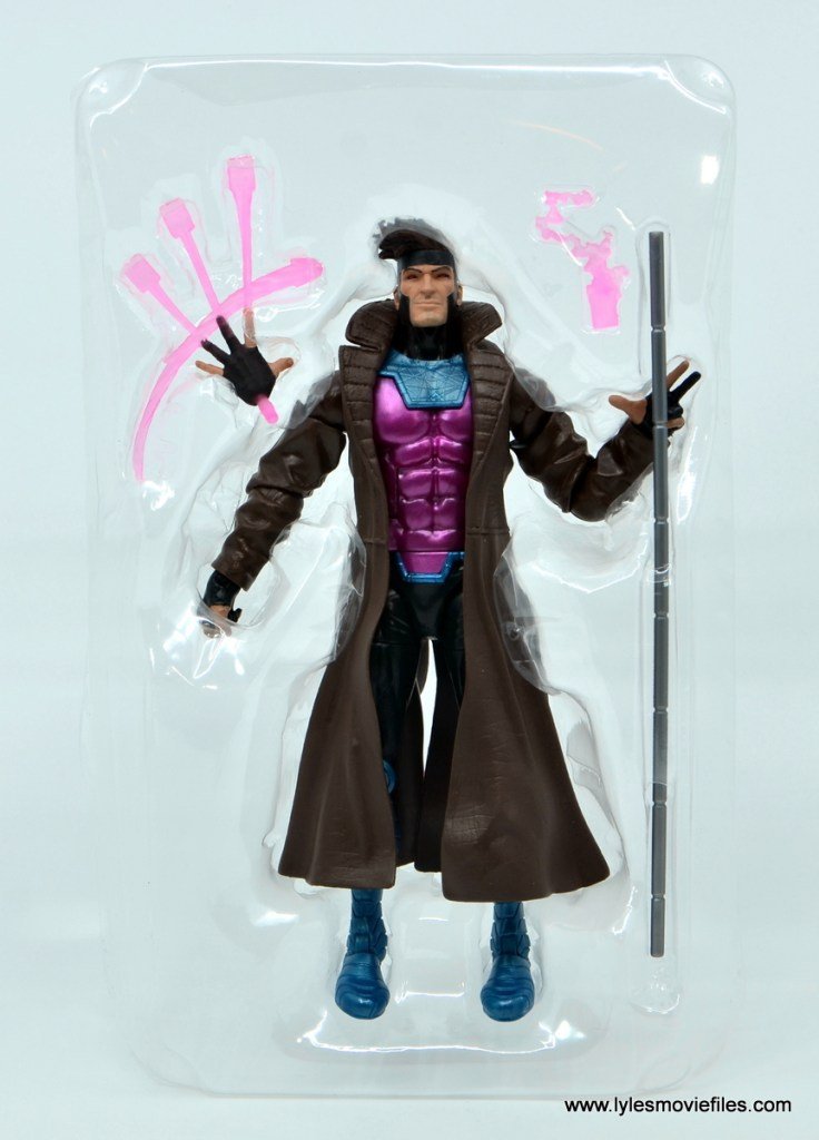Marvel Legends Gambit figure review - accessories in tray