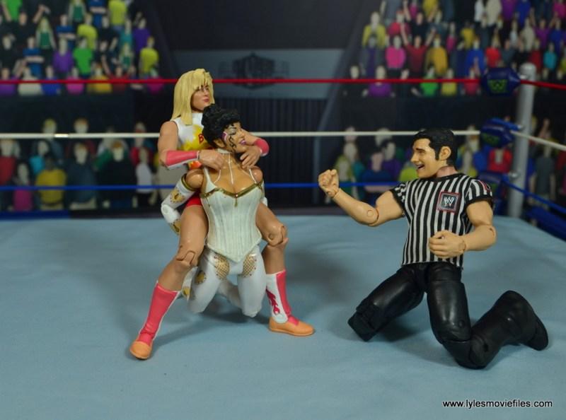 WWE Alundra Blayze figure review - camel clutch