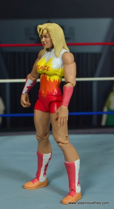 WWE Alundra Blayze figure review - left side