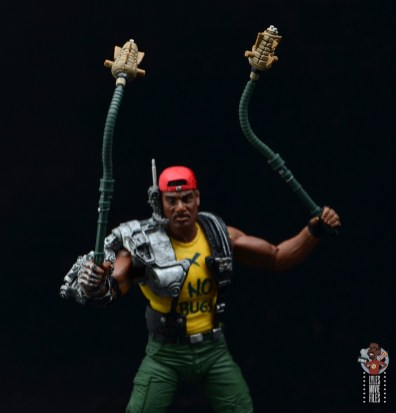 neca aliens sgt apone figure review - raising pineapple grenade nunchuks