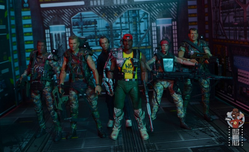 neca aliens sgt apone figure review - with frost, hicks, bishop, vasquez and hudson