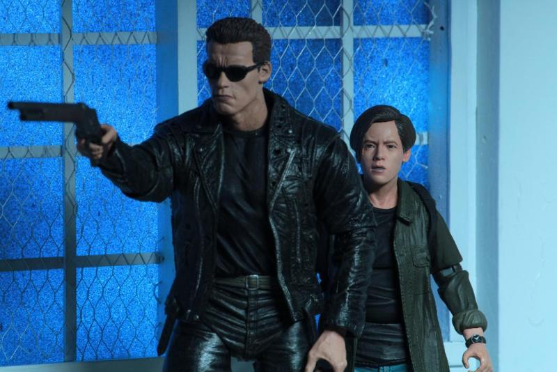 neca terminator 2 judgment day john connor figure - with t2