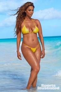 tyra banks sports illustrated 2019 pictorial - yellow bikini wide