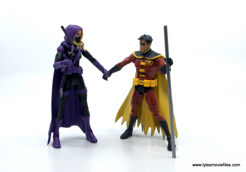 DC Multiverse Spoiler figure review - scale with red robin