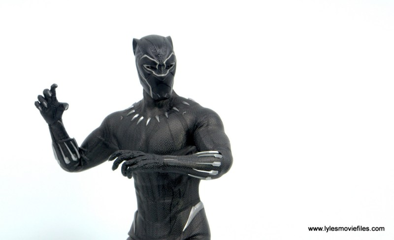 Hot Toys Black Panther figure review - the power of the black panther