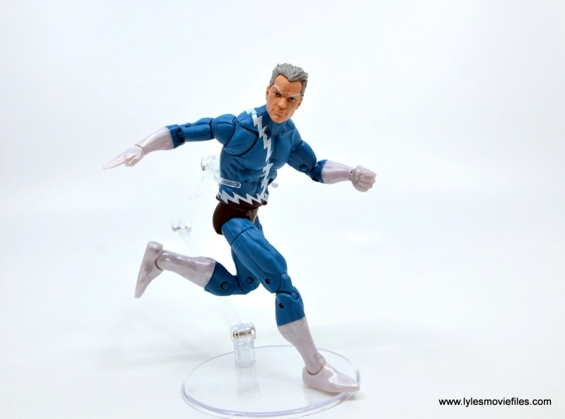 Marvel Legends Magneto, Quicksilver and Scarlet Witch figure review - quicksilver side run