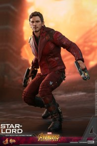 hot toys avengers infinity war star-lord figure -crouching