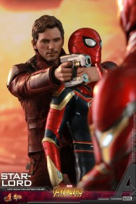 hot toys avengers infinity war star-lord figure -grabbing spider-man