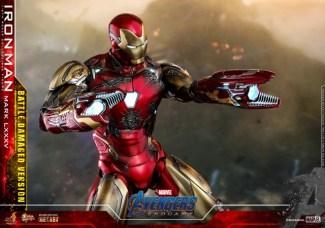 Hot Toys Avengers Endgame Iron Man Mark LXXXV Battle Damaged Figure - arm cannons