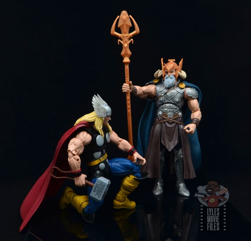 Marvel Legends 80th Thor figure review -kneeling before odin