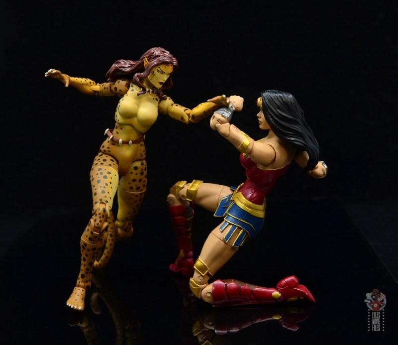 dc essentials cheetah figure review - slashing at wonder woman
