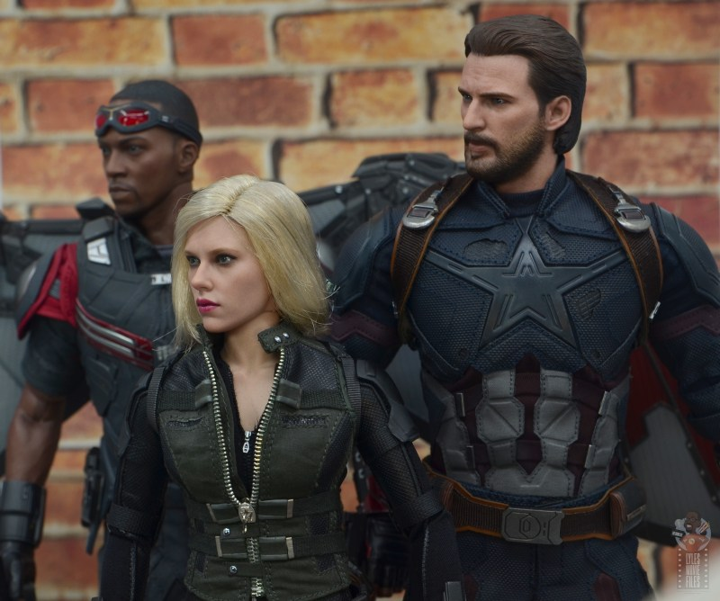 hot toys avengers infinity war black widow figure - standing with falcon and captain america