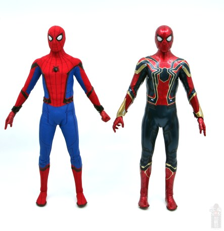 hot toys avengers infinity war iron spider figure review - side to side with homecoming spider-man