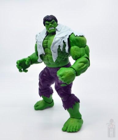 marvel legends hulk vs wolveringe figure review 80th anniversary - hulk with shirt on side