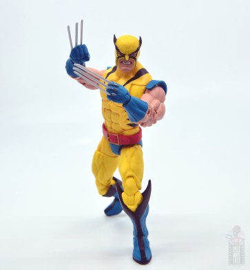 marvel legends hulk vs wolveringe figure review 80th anniversary - wolverine on the attack
