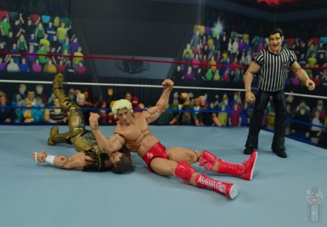 wwe retrofest ric flair figure review - elbow drop to macho man