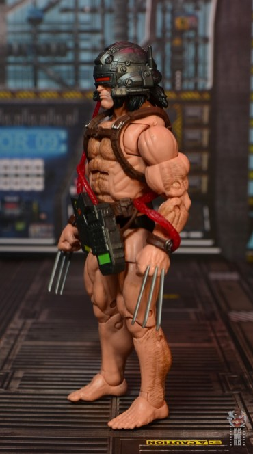 Marvel Legends Weapon X figure review - left side