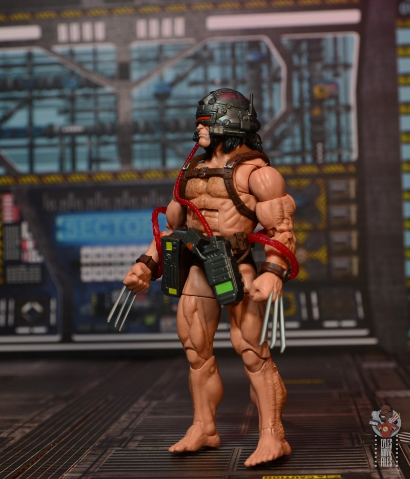 Marvel Legends Weapon X figure review - looking up