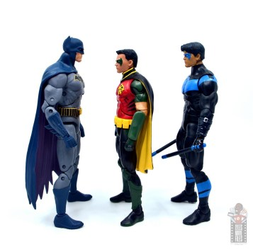 dc multiverse red robin figure review - facing batman and nightwing