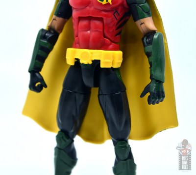 dc multiverse red robin figure review -utlity belt close up