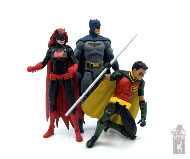 dc multiverse red robin figure review - with batwoman and dc essentials batman