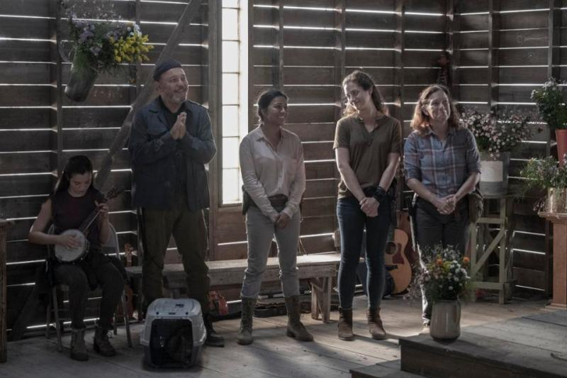 fear the walking dead end of the line review - charlie, daniel and grace