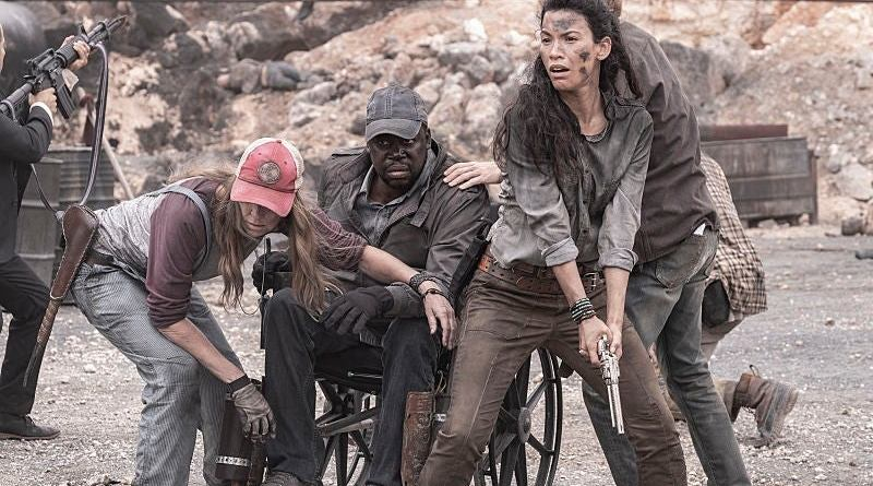 fear the walking dead - leave what you don't review -sarah, wendell, luciana and dwight